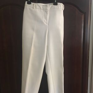 Liz Claiborne off-white pants in size 14.